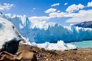 Sådan kan det have set ud mange steder i Danmark under istiden. Denne isfront, Perito Moreno Gletsjeren i Sydamerika, kan hjælpe os til at forstå hvilke istidsprocesser der skabte det danske landskab.